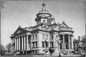 Courthouse Photo