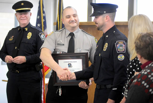 Sheriffs department don new threads - Plainview Daily Herald